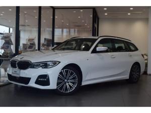 BMW 3シリーズ 318iツーリング Mスポーツ 認定保証 コンフォートパッケージ パーキングアシストプラス 電動リアゲート 純正18インチアルミホイール センサティックコンビネーションシート LEDヘッドライト 電動シート ACC 軽減ブレーキ