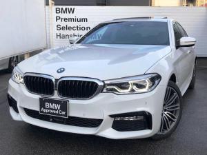 BMW 5シリーズ 530e Mスポーツアイパフォーマンス 電動ガラスサンルーフ ブラックレザーシート フロントリアシートヒーター アクティブクルーズコントロール 液晶メーター HDDナビ 地デジ アンビエントライト オートハイビーム ハンドルアシスト19AW
