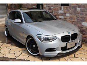 BMW 1シリーズ M135i サンルーフ アドバンRZ鍛造19 禁煙車
