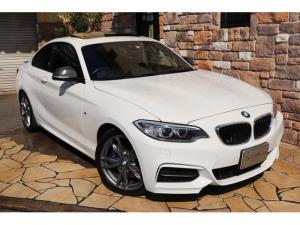 BMW 2シリーズ M235iクーペ ブラックレザー ガラスサンルーフ 禁煙車