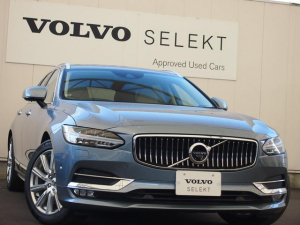 ボルボ V90 D4インスクリプション登録済未使用車白革テーラーM認定中古車