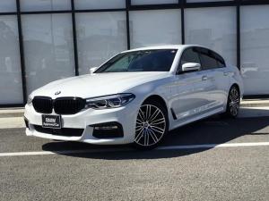 BMW 5シリーズ 523d Mスポーツ 弊社ワンオーナー ハイライン ブラックレザー インテジェントセーフティー