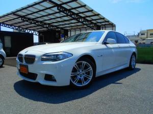 BMW 5シリーズ 523i Mスポーツパッケージ コンフォートアクセス クリアランスソナー パドルシフト HIDヘッドライト Mスポーツ専用シート&ステアリング 純正ナビ フルセグDTV ミラーETC Bカメラ