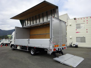日野 レンジャー  アルミウイング ハイルーフ 床下格納パワーゲート PGラジコン付 ワイド幅 ベッド付 2350kg積載