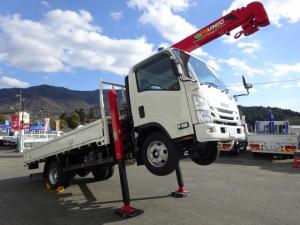 いすゞ エルフトラックの画像(兵庫県)