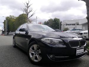 BMW 5シリーズ 528iツーリング 直6エンジン/禁煙車/黒革&シートヒーター/純正iドライブHDDナビ