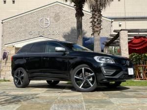 ボルボ XC60 T6 AWD Rデザイン ナビ 2000cc 4WD車 アイシン製オートマ車 レザーシート 禁煙車 バックカメラ 1年保証