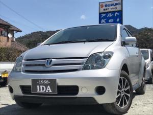 トヨタ イスト 1.3F Lエディション HIDセレクション ナビ