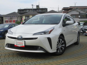 トヨタ プリウス A 元試乗車 TSS メーカーSDナビ ムーンルーフ ETC