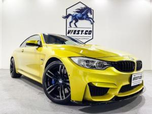 BMW M4 M4クーペ 431PSカーボンルーフF・R社外スポイラーRディフューザー純正19インチAWMキャリパー純正マフラーMグリルM4専用シートカーボンパネル純正ナビBカメラ地デジTV衝突安全装置ETC