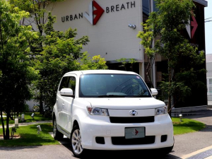 トヨタ bB Z 禁煙車 SDナビ/フルセグ HIDヘッドライト スマートキー ビルトインETC 純正15AW プライバシーガラス ウィンカーミラー