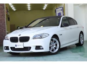 BMW 5シリーズ 523dブルーパフォーマンスMスポーツパッケージ カーボン調ルーフラッピング 純正ナビ フルセグTV バックカメラ メモリー付きパワーシート パドルシフト クルーズコントロール HIDヘッド ミラーETC プッシュスタート スマートキー