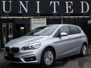 BMW 2シリーズ 218iアクティブツアラー ラグジュアリー 電動リアゲート レザーシート シートヒーター パワーシート 純正ナビ バックカメラ パーキングアシスト ドライブレコーダー 安心ロング無料保証付