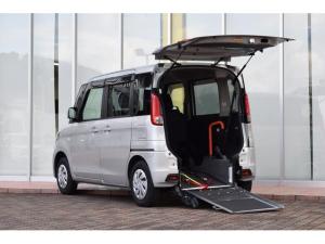 マツダ フレアワゴン 車いす移動車 スロープ 電動ウインチ 車いす固定装置