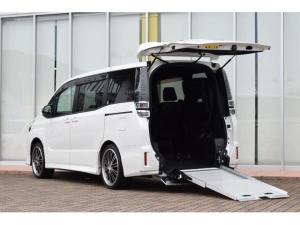 トヨタ ヴォクシー ZS 2.0ZSウェルキャブ スロープI車いす1脚 ウェルキャブ車 電動固定装置 スローパー 純正10インチナビ フリップダウンモニター バックモニター 黒革調シートカバー ETC スマートキー 社外アルミ