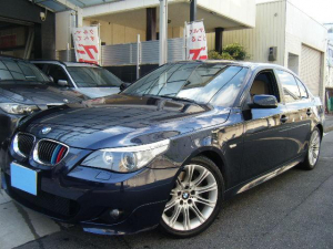 BMW 5シリーズ 525i Mスポーツパッケージ ベージュ革シート ETC キーレス HIDライト 18アルミ