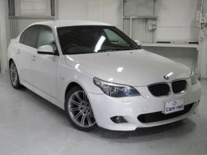 BMW 5シリーズ 525i Mスポーツパッケージ /純正ナビ/ETC/プッシュスタート/スマートキー/ハーフレザーシート/禁煙車/自社買取車