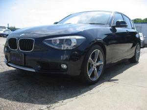 BMW 1シリーズ 120i スタイル 白革シート