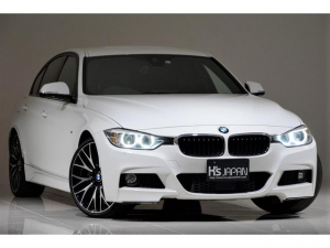 BMW 3シリーズ 320i Mスポーツ Mperformanceブレーキ 20インチAW アクティブクルーズコントロール トリムカーボン調ラッピング BMWトランクフロアマット