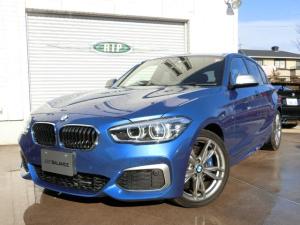 BMW 1シリーズ M140i ブラックレザー スポーツAT シートヒーター LEDヘッドライト スマートキー バックカメラ インテリジェントセーフティー 地デジ