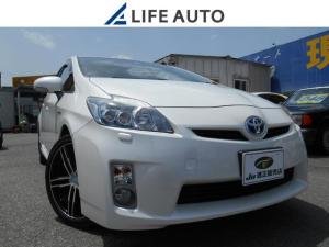 トヨタ プリウス Sツーリングセレクション ・社外メモリーナビ・フルセグTV・バックカメラ・Bluetooth対応・DVD再生・LEDヘッドライト・ETC・社外18AW・ドライブレコーダー・一年間保証付き