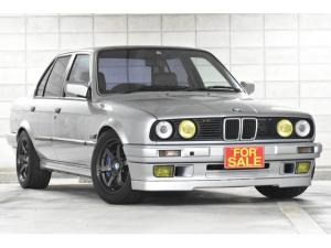 BMW 3シリーズ 320iゲトラグ5MT 特注キャリパー 外マフラー エキマニ