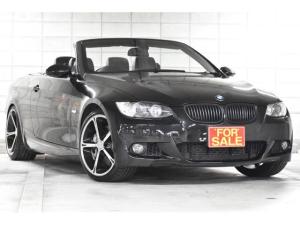 BMW 3シリーズ 335iカブリオレ Mスポーツパッケージ 生産期間わずかの中期モデル 7速DCTにツインターボ 後期タイプのメーカーナビといいとこ取りの一台 後期テールランプとデイライトLEDリング リモコンキーでルーフオープンクローズ可能