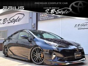 トヨタ プリウス S カスタムコンプリートVer.1 チタンカラーed.ヘッドライト加工/イカリング/スモークテール/ブラックエンブレム/オリジナルキャリパーカバー/19インチAW/ナビ/フルエアロ