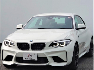 BMW M2 ベースグレード 禁煙/純正19inAW/Mブレーキ/ブラックレザー/シートヒーター/LEDヘッドライト/純正ナビ/Bluetooth/DVD再生/音楽録音/USB/パドルシフト/コンフォートアクセス/Bカメラ/ETC