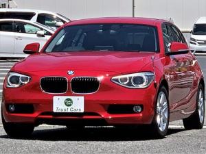 BMW 1シリーズ 116i /ターボ/8速AT/DPC/LEDポジション/キセノンヘッド/LEDリヤコンビ/16AW/ナビ/フルセグ/バックカメラ/レザーステア/ETC/シートヒーター/禁煙車/車検整備付