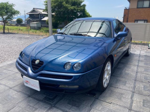 アルファロメオ アルファGTV 3.0 V6 24V ユーザー買取・社外オーディオ・ETC・5速MT・黒本革・純正アルミ17インチ・アーキュレーマフラー・純正マフラー有り・車検R5年4月
