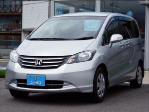 ホンダ フリード X 後席電動サイドリフトアップシート車 福祉車両 地デジ