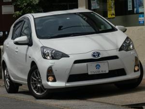 トヨタ アクア S 禁煙車MOPLEDヘッドHDDナビTVスマートキーETC