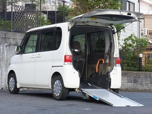 ダイハツ タント フレンドシップ スローパー 福祉車両 4人乗 リアシート付 タイミングチェーン