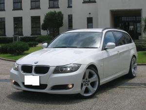 BMW 3シリーズ 320iツーリングHDDナビi-driveTVスマートキー