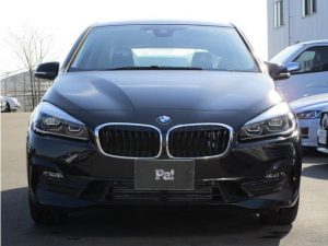 BMW 2シリーズ 218dアクティブツアラー スポーツ