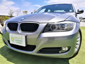 BMW 3シリーズ 320i ハイラインパッケージ 後期モデル/革シート/i-Driveナビ/HIDライト/コンフォートアクセス(スマートキー)/パワーシート/禁煙車