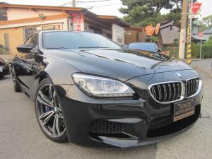 BMW M6 グランクーペ グランクーペ(5名)左H ナビ フルセグ カメラ 革 カーボンルーフ ナイトビジョン ヘッドアップディスプレイ レーチェンジウォーニング インテリジェントセーフティ レーンディパーチャーウォーニング