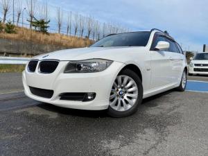 BMW 3シリーズ 320iツーリング 6速AT 本革シート HDDナビ ETC