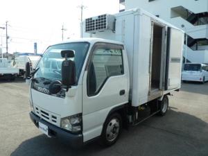 いすゞ エルフトラック 2t全低床低温冷蔵冷凍車 旧レンタカー