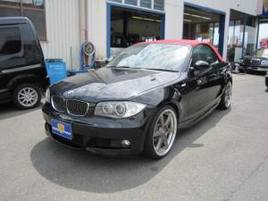 BMW 1シリーズ カブリオレ Mスポーツ 赤幌新品
