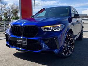 BMW X5 M コンペティション D車 1オーナー メーカー保証継承 MコンフォートPKG シルバーストーンレザーPシート レーザーライト リアエンターテイメントシステム 保冷保温カップホルダー 受注生産21&22インチアルミホイール