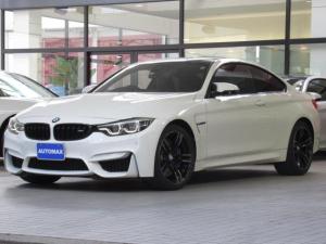 BMW M4 M4クーペ 後期モデル 右ハンドル 6速MT 1オーナー アダプディブMサスペンション 前後パークディスタンスコントロール 純正19インチアルミホイール カーボンルーフ