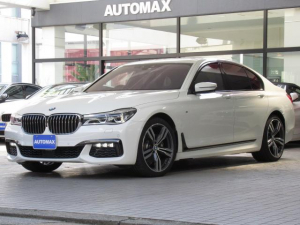 BMW 7シリーズ 740i Mスポーツ 右ハンドル ガラスサンルーフ 純正20インチアルミホイール 前後パークディスタンスコントロール ブラックレザーシート ベンチレーションシート ACC インテリジェントセーフティ