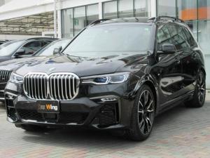 BMW X7 xDrive 35d Mスポーツ 1オーナー Vスポーク22インチAW リヤエンターテイメントシステム コンフォートシート ウェルネスパッケージ 5ゾーンオートマチックエアコンディショナー