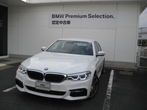 BMW 5シリーズ 523iMスポーツ デモカー 電動トランク