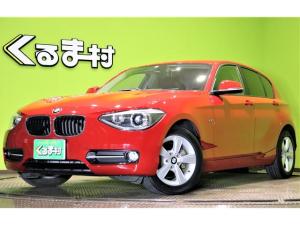 BMW 1シリーズ 116i スポーツ 走行19.300キロ ディーラー車 HDDナビ DVD アイドリングS ミラー一体型ETC 革巻ステア ミラーウィンカー オートHID&フォグ Pスタート スマートキー 16AW 4気筒ターボ 8AT