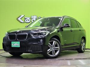 BMW X1 sDrive 18i Mスポーツ 純正ナビ Bカメラ Pスタート 革巻ステア ETC インテリジェントセーフティ 車線逸脱 横滑り アイドリングS F/R ソナー オートLED&フォグ パワーバックドア 18AW 3気筒ターボ 6AT