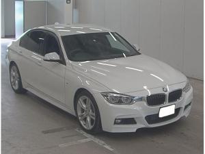 BMW 3シリーズ 318i Mスポーツ /純正HDDナビ/Bカメラ/LEDライト/コンフォートアクセス/インテリジェントセーフティ/