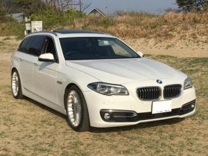 BMW 5シリーズ 523dツーリング ラグジュアリー ディーゼル サンルーフ ブラックレザーパワーシート 純正HDDナビTV 19インチアルミホイール 電動リアゲート コンフォートアクセス アダプティブLEDヘッド エアサス ETC アイドリングS